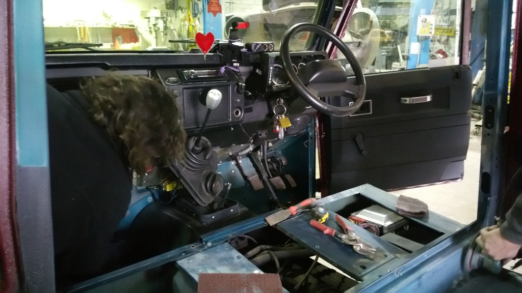 Defender 110 prepped for respray   Land Rover Specialists