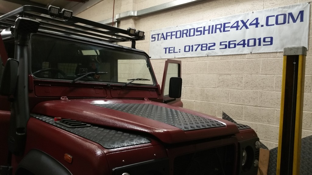 Defender 110 Respray and roof rack assembly