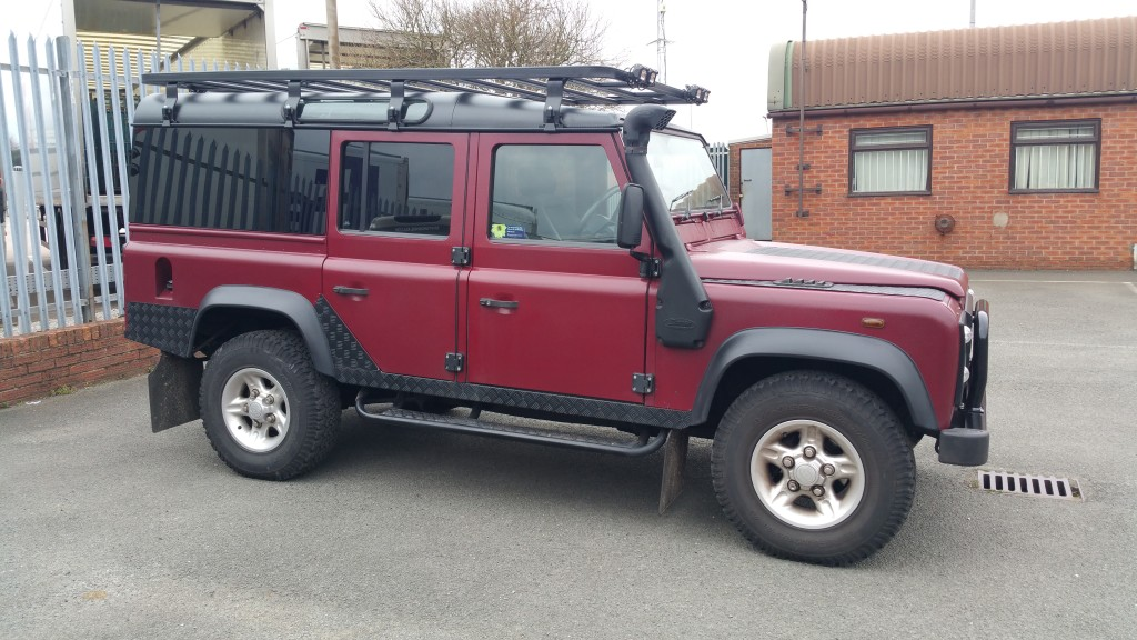 Defender 110 Respray & Roof Rack.